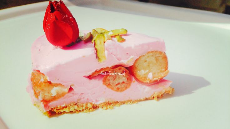 My Tryst With Food And Travel: GULAB JAMUN ROSE CHEESECAKE - CHESSECAKE GOES DESI...