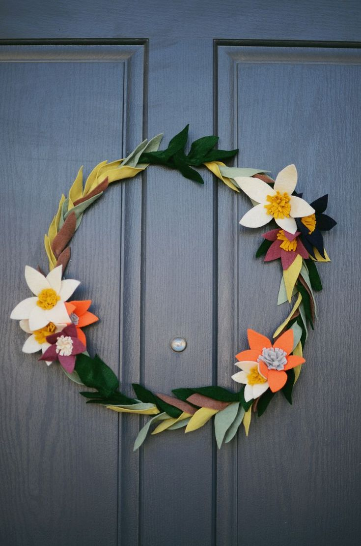 17 best ideas about felt flower wreaths on pinterest for Things to hang on front door
