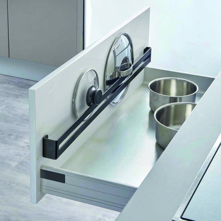 Kitchen Pantry Design, Kitchen Organisation, Diy Kitchen Storage, Kitchen Redo, Modern Kitchen Design, Home Decor Kitchen, Interior Design Kitchen, Kitchen Furniture, Home Kitchens