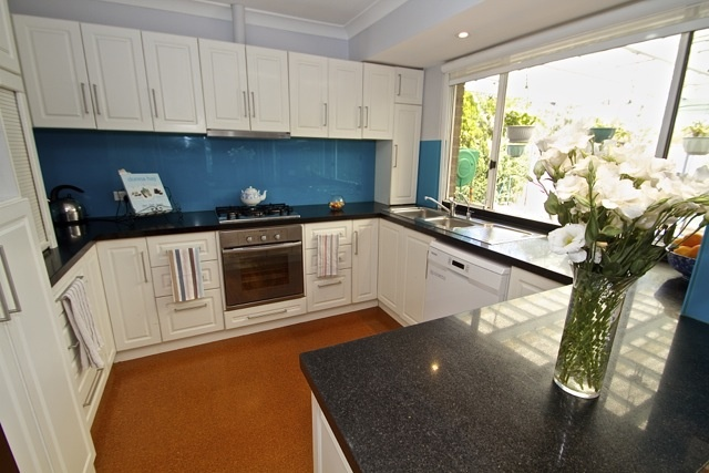Murdoch home for sale by Peter Taliangis 0431 417 345. Kitchen