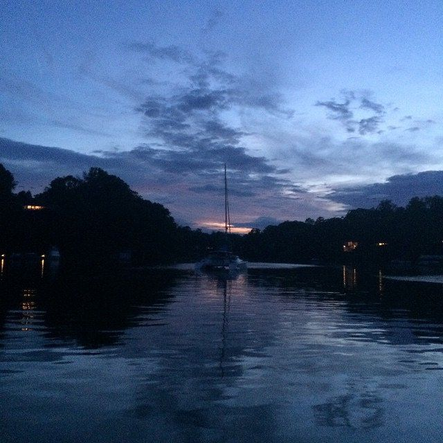 #sunset in the  #bay  of #annapolis #maryland #usa #sailboat #catamarano  #instagood #igers #instalike #instamood #italy #italia #ig_italy #instalike #insta_pick #instadaily #insta_pick #ig_captures #insta_daily #instacollage #awesome #all_shots #beautifu