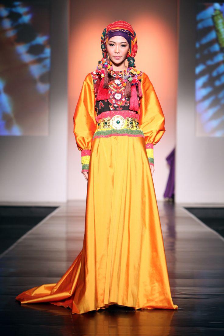 "Kasha by Sjully Darsono ""Ethnic Emotion"", Jakarta Islamic Fashion Week 2013"