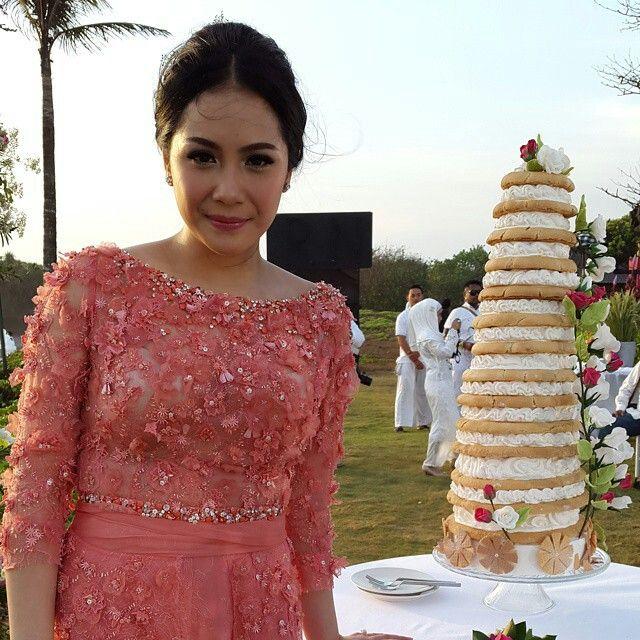 Wedding Naked Cake Raffi Ahmad & Nagita Slavina