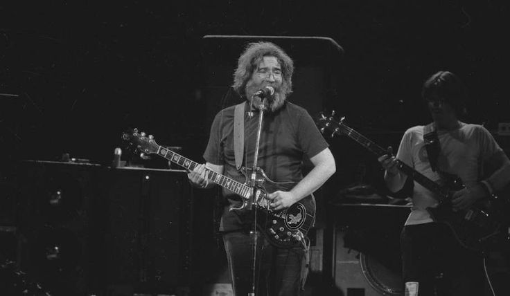 Jerry Garcia Band 1981-05-30 (Saturday) Phoenix Theater Petaluma, CA Download: FLAC/MP3 Analog Audience Source: Aud Master Cassettes (MAC) Medium Stock Brands: MAC = 2 x UD C90 Analog Lineage: Nak 300's => Sony TC-152SD >> MAC Analog Sound...