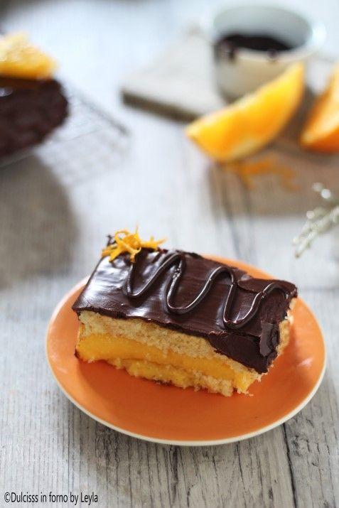 Torta con crema all'arancia e cioccolato Torta Fiesta fatta in casa ricetta Dulcisss in forno