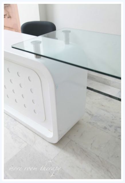 DIY, old table to a new reception desk for a multimedia company