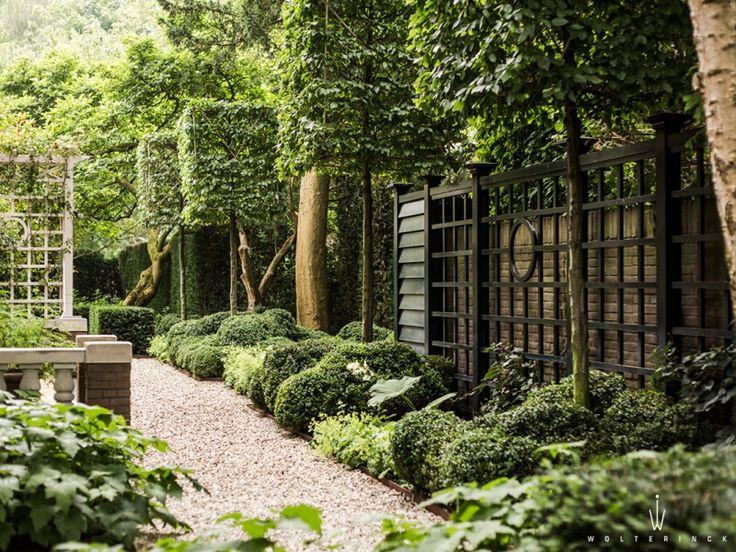 tuinontwerp hilversum garden gates pathways fences