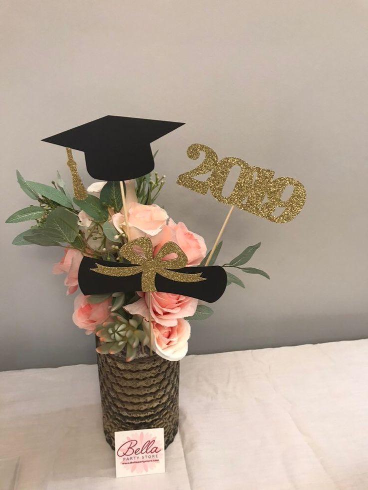 Abschlussfeierdekorationen 2019, Graduation Centerpiece Sticks, Grad Cap, Diplom, Klasse von 2019, goldene und schwarze Abschlussdekorationen