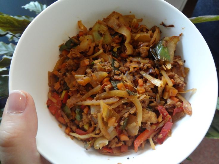 Introducing crackslaw, the low carb meal which is so addictive and good. Made with ground meat, veggies and various spices and seasonings, it is hard to believe this is a diet meal. Try it and you will be hooked.