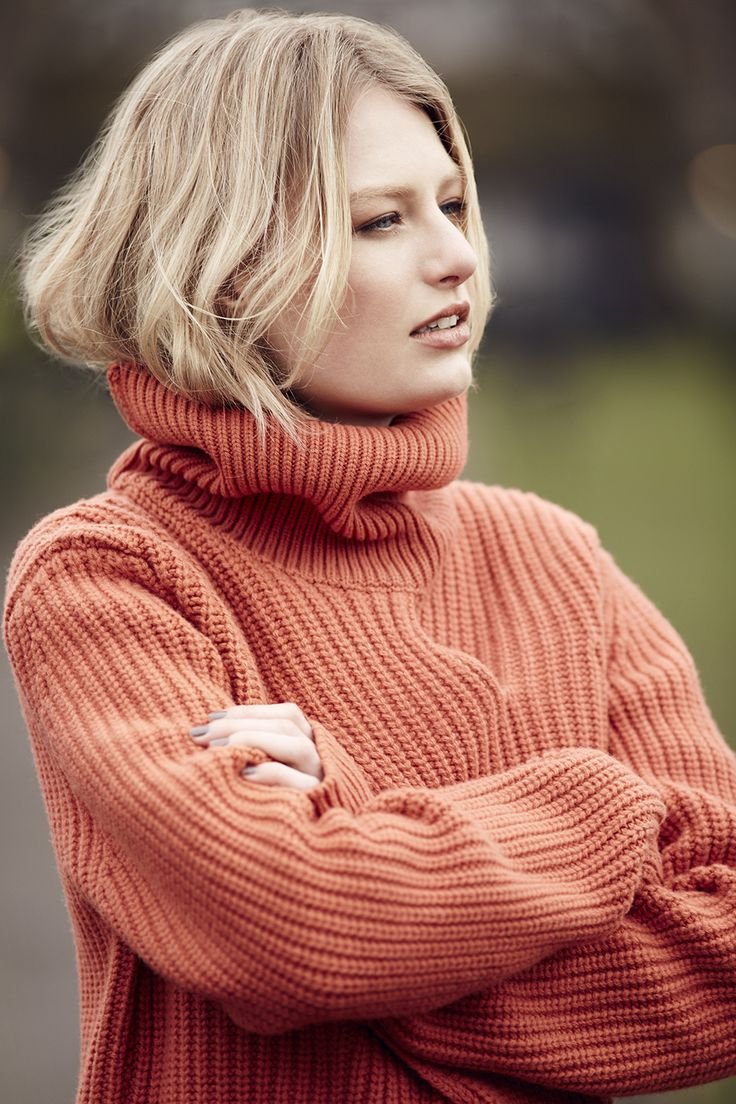 Make sure that you keep warm this winter with the Best of British Wool Rich Front Cable Design Jumper with Cashmere. Snugly...