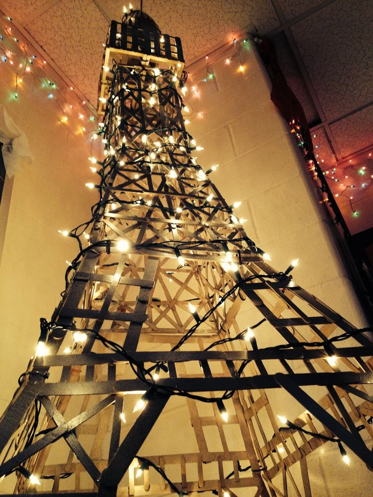 Eiffel Tower made out of Popsicle sticks  A Day in Paris  Popsicle sticks Christmas Popsicles