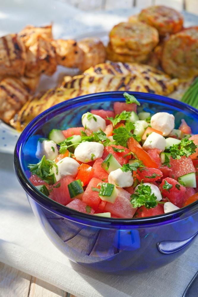 Mozzarella-melonisalaatti ja grillibroileri | K-ruoka #grillaus