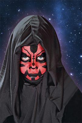 Step by Step  - Darth Maul schminken. Das kommt bei allen Star-Wars-Fans besonders gut an. Wir zeigen Ihnen wie das Star Wars Kinderkostüm leicht gelingt. Los geht's! © OZ-Verlags-GmbH