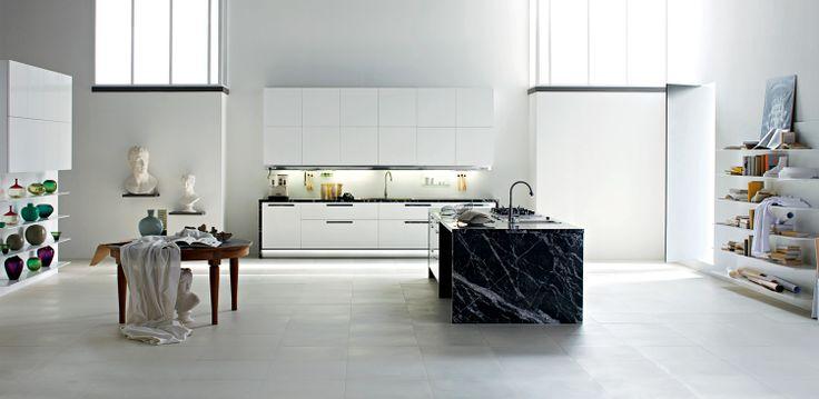 http://dada-kitchens.com/kitchens/prodotti/scheda/idcp/43/idd/25/idp/227/vela-nuvola.html approx 15k