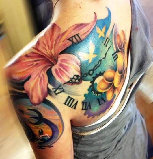 best 25 oberarm tattoos frauen ideas on pinterest. Black Bedroom Furniture Sets. Home Design Ideas
