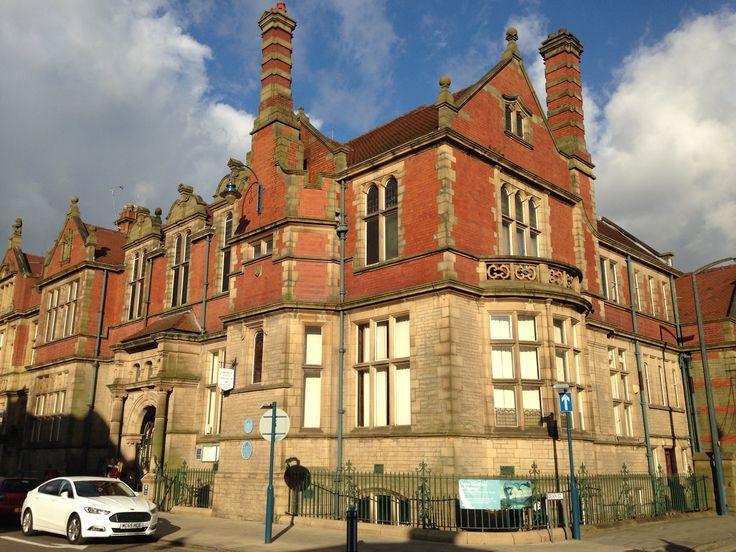 Astley Cheetham Art Gallery in Stalybridge