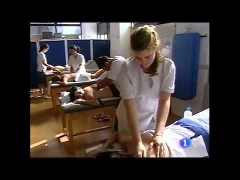 Masajes por Lorca - Fisioterapia UMH (Montaje de Javi Valero) - Los días 28 y 29 de junio de 2011 (martes y miércoles), en horarios de mañana y tarde (de 10 a 14 h y de 16 a 18), se realiza una ACTIVIDAD SOLIDARIA con el pueblo de LORCA, para ayudar a los damnificados del reciente terremoto que han sufrido.