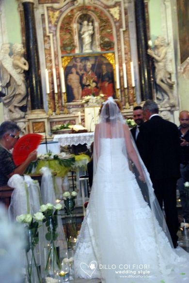 Dad accompanies her daughter marries