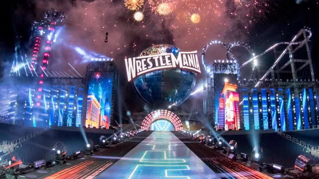 First Official Look At The WrestleMania 33 Set, DDP Reflects On Dusty Rhodes