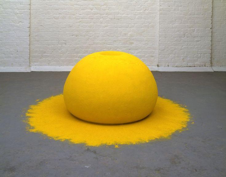 Anish Kapoor - 1000 names - yellow