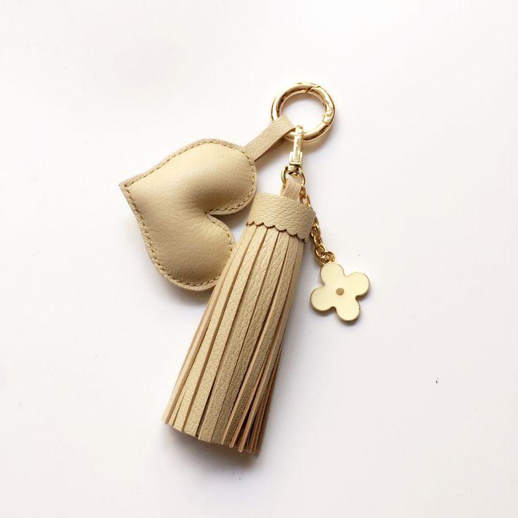 Handmade DIY Tassel Fringe Real Leather Keychain Purse Bag Buckle HandBag Pendant For Car Keyring Holder Women Jewelry CF200