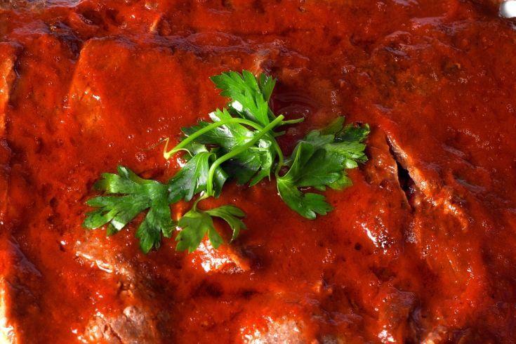 Hovädzie rezne s paradajkovou omáčkou