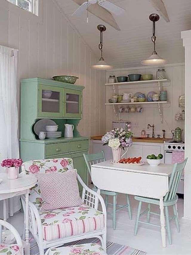 Arredamento casa al mare in stile provenzale - Piccola cucina stile provenzale