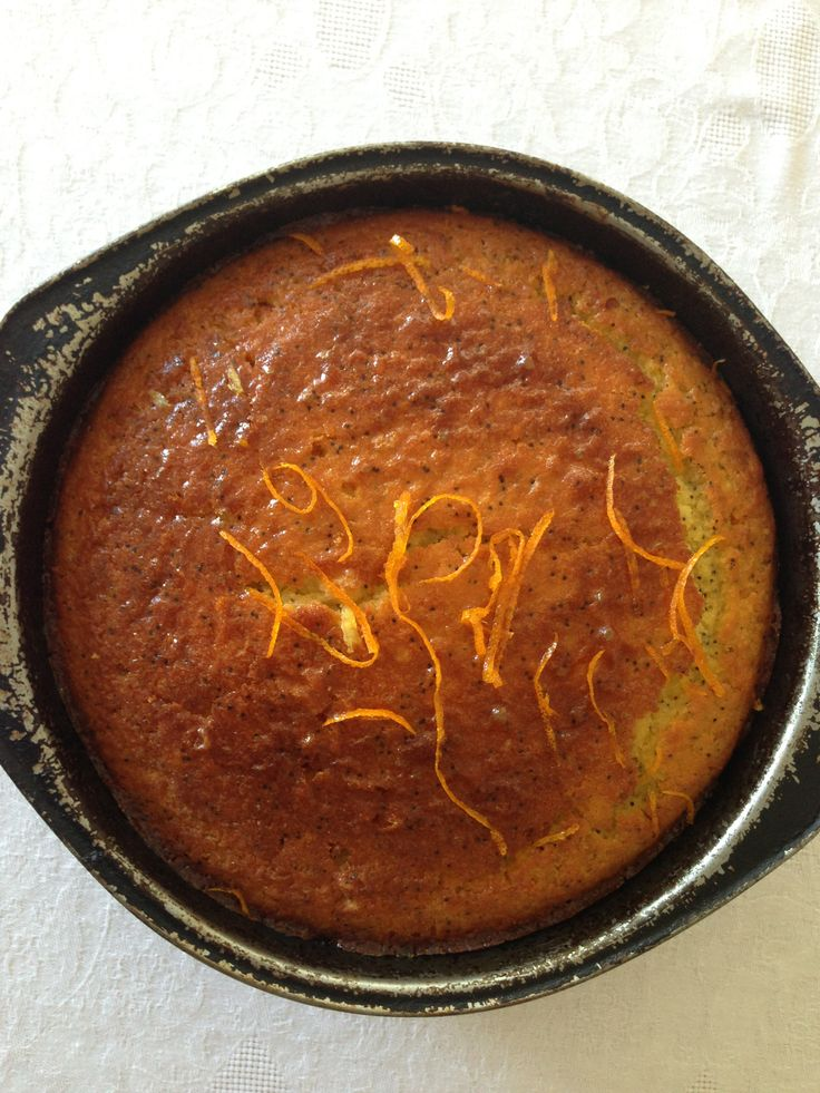 Donna Hay orange poppyseed syrup cake - moist and easy and keeps for days. www.thehungrymum.com