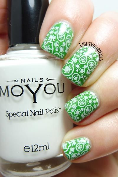 Christmas Decorations Green And White Stamping Nail Art Nailart Lightyournails