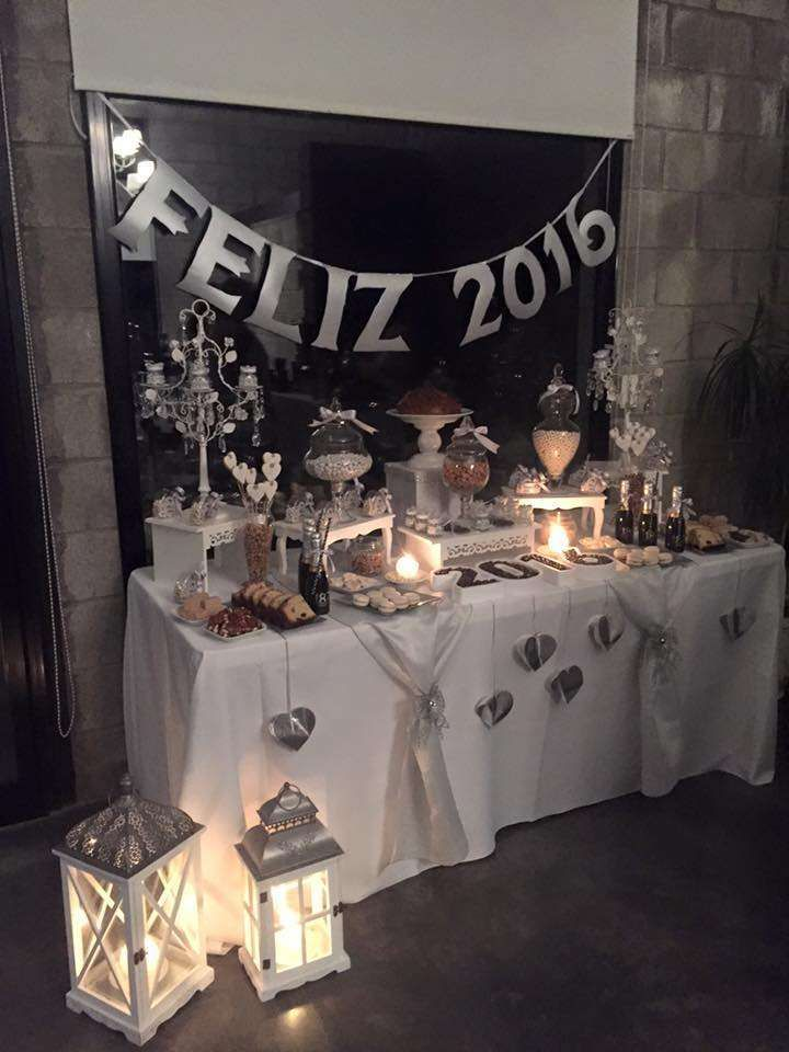 White New Year's party! See more party ideas at CatchMyParty.com!