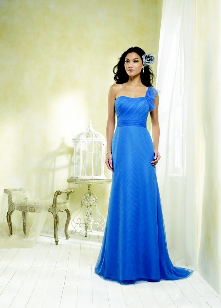 #AlfredAngelo Modern Vintage Bridesmaid Style 8608