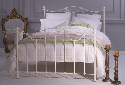 Antique White Iron Bed Carie Metal Bed Frame