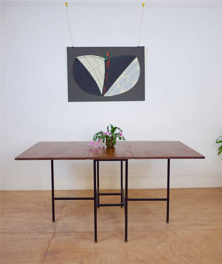 60's Mid Century Extending Dining Table with Fine Back Metal Legs / Ladderax
