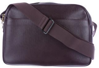 Louis Vuitton Taiga Reporter Bag