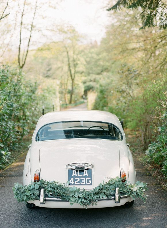 Scottish Highlands Styled Elopement. Fine Art Film Photography. Taylor & Porter Photographs. Styled by Wedding Sparrow. Vintage Car from Bygone Drives.