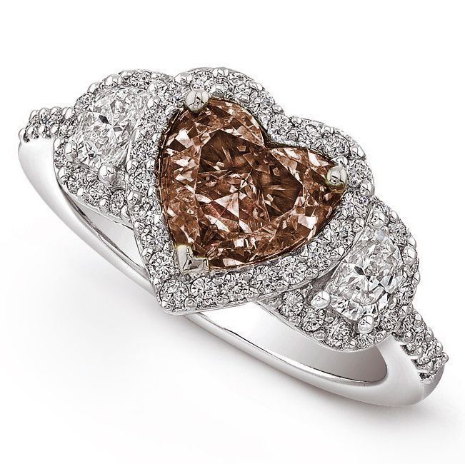 chocolate and other diamonds rings | Chocolate diamond engagement rings for unique brides
