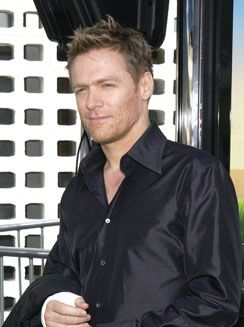 Lifelong fan of my fave singer-fellow Canadian and sexy as heck-Bryan Adams :)