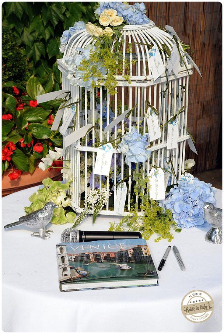 Bird cage + hydrangea + escort cards = great rustic chic seating chart. Ph Holman Photography http://www.brideinitaly.com/2013/10/holmanvenice.html #italianstyle