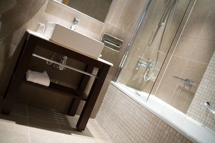 Bathroom in deluxe double room