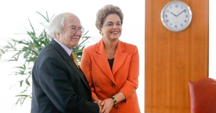 """Prêmio Nobel da Paz encontra Dilma e diz que há um """"golpe brando"""" no Brasil"""