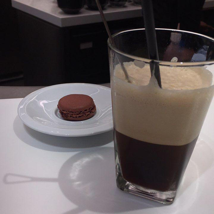 Nespresso ristreto frappe στη πηγή