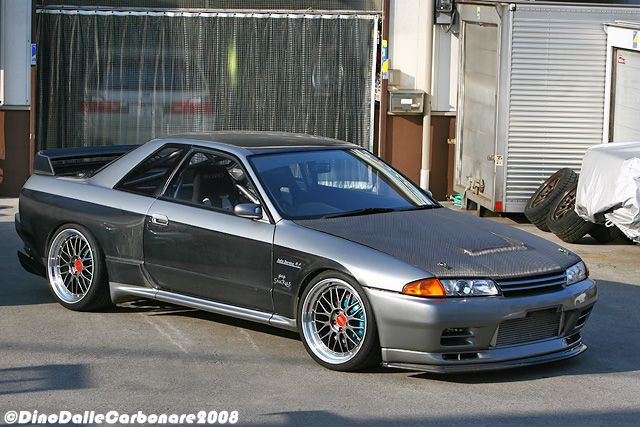 One of the best looking Nissan Skyline R32 GTRs by Garage Saurus