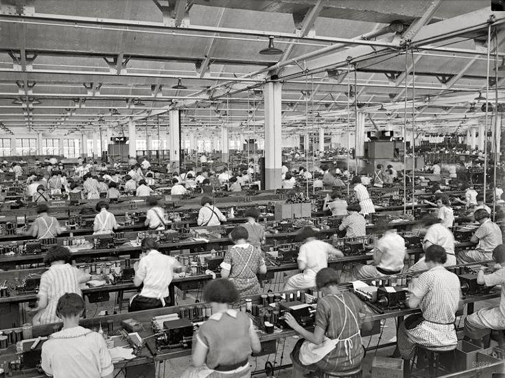 Philadelphia, Pa. - Atwater Kent Radio Factory - 1925