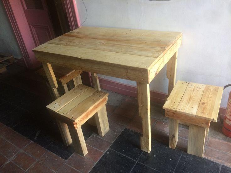 Mesas y pisos para depto de #Pallets