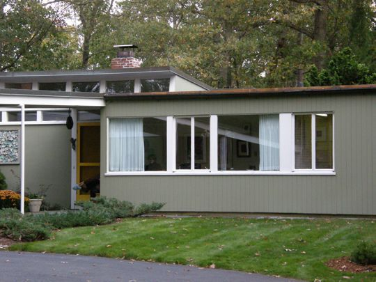 George JetsonMidcentury Modern, Mid Century Modern, Ranch Home, Lexington Boston, Retro Dreams, Century Ranch, Exterior Colors, Yellow Doors, Modern Ranch