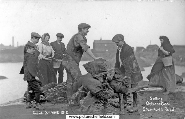 Selling outcrop coal in Staniforth Road during Coal Strike