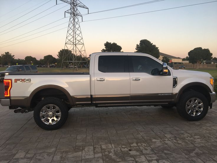 2017 F250 King Ranch with 35 in tires on stock suspension ...