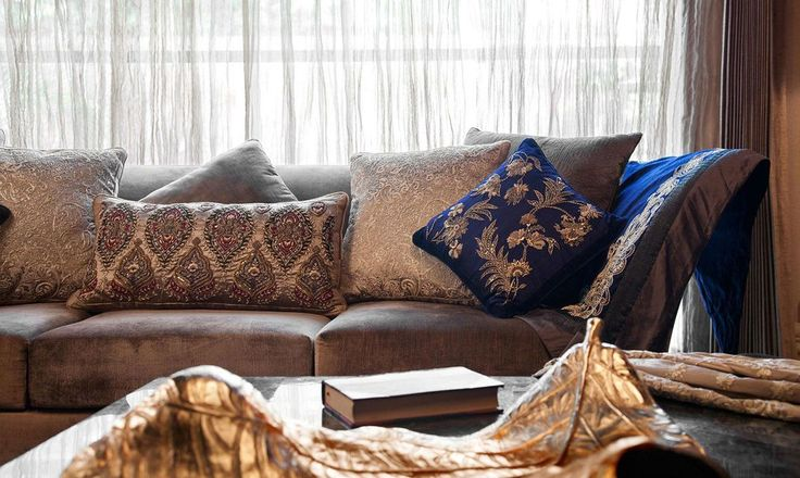 Who says dark hues like blue & brown can't create a jovial space? 📷: Smriti Parwal Jaju #LivingRoom #HomeDecor #InteriorDesign #Furnishings  #homedecor #furniture #decorating #interiordesign #interior #interiorstyle #interiorlovers #interior4all #interiorforyou #interior123 #interiordecorating #interiorstyling #interiorarchitecture #interiores #interiordesignideas #interiorandhome #interiorforinspo #decor #homestyle #homedesign