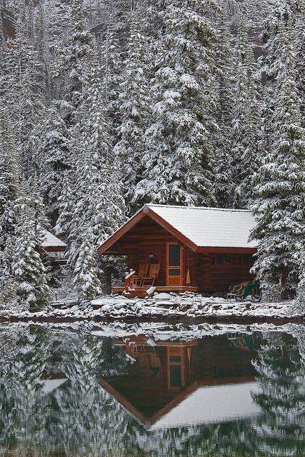 Rustic Cabin of Lake OHara Lodge in Snow  beautiful