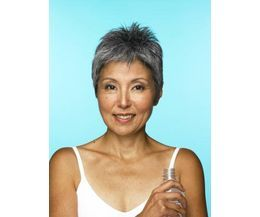 Short Women's Hairstyles for Those Over 50 | eHow